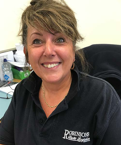 Profile picture of Sharon Onions from Robinsons Autologistics