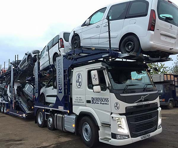 car transporter from robinsons autologistics