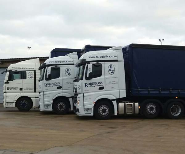 robinsons group traction vehicles